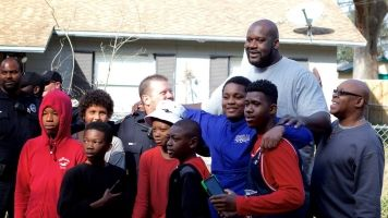 Shaq Provides 'Backup' To Florida Officers For Pickup Game With Kids