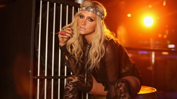 Kesha Is Back On For The Billboard Music Awards