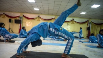 In War-Torn Somalia, Yoga Can Offer Peace After Violence