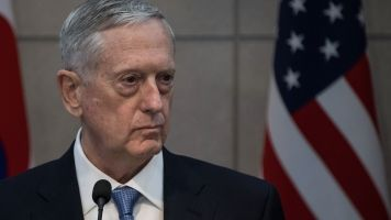 Defense Sec. Mattis Visits Baghdad, Says US Won't Take Iraqi Oil