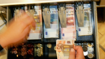 Europe Is Trying To Combat Money Counterfeiting With Neuroscience