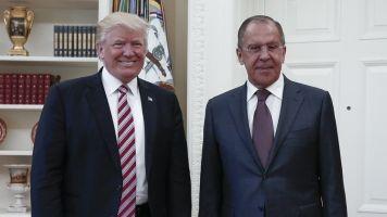 Washington Post: Trump Gave Russians Classified Info