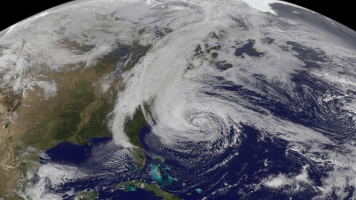 US Hurricane Trackers Are Short-Staffed, But They're Still Capable
