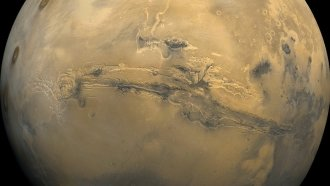 Mars' Toxic Surface May Prevent Humans From Living There