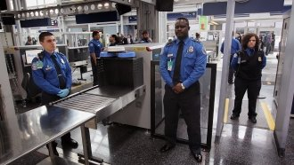 Pittsburgh Airport Is Going To Let Non-Flyers Through Security