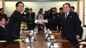 North And South Korea Agree To Hold Military Talks