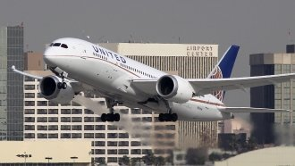 United Pauses Lottery Bonus System After Employees Complain
