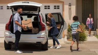 Amazon Can Now Deliver Packages To Your Car