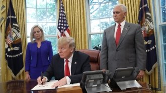 Trump Signs Order Allowing Migrant Families To Be Detained Together