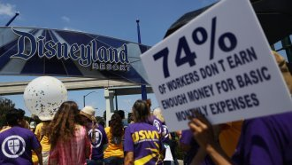 Disneyland Resort Employees Approve Contract To Raise Minimum Wage