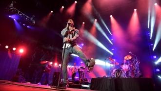 Maroon 5 performs