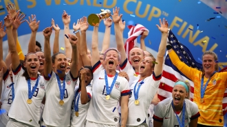 USA celebrate victory during the 2019 FIFA Women's World Cup