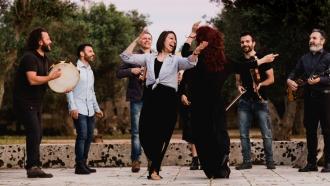 """""""Bare Feet"""" host Mickela Mallozzi dances alongside Canzoniere Grecanico Salentino"""