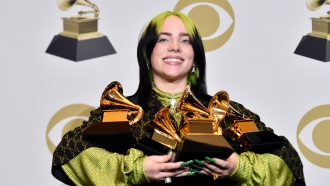 Billie Eilish takes home 5 awards from the 62nd annual Grammy Awards
