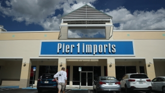 Pier 1 Imports storefront