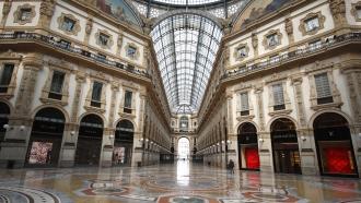 near empty Galleria Vittorio Emanuele II