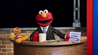 Elmo hosts a late night show