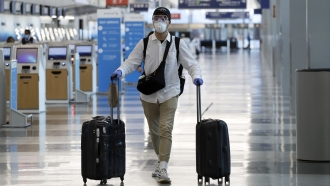 As Air Travel Rebounds, Airlines Still Have No National Safety Mandate