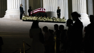 Mourners pay respects as Justice Ruth Bader Ginsburg lies in repose