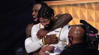 Lakers celebrate victory over the Miami Heat