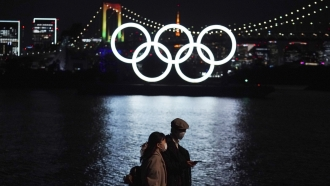 Olympic rings installation in Tokyo