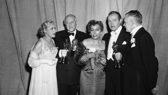 Mary Pickford, Cecil B. DeMille, Gloria Swanson, Bob Hope and Charles Brackett at the 1953 Academy Awards presentation