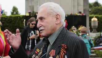 Soviet war veteran David Dushman at 92 years old