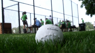 16-inch softball co-ed league returns to Chicago Parks after 10-year hiatus