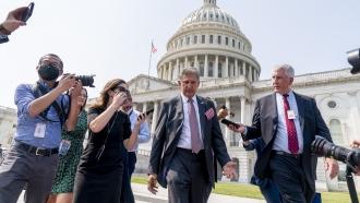 Senator Manchin Playing Key Role In Writing Democrats Climate Plan
