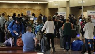 Southwest Airlines Cancels Over 300 Monday Flights