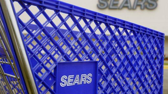 Sears Chairman Wins Bid To Keep The Company Afloat