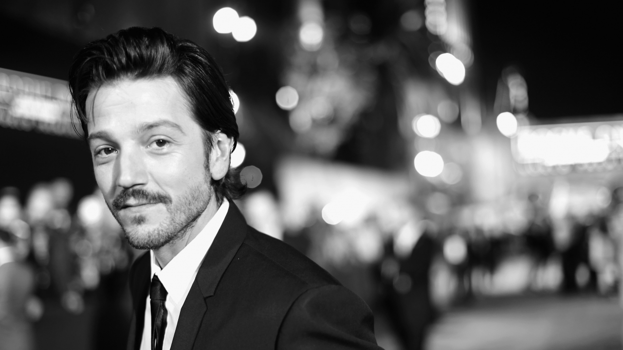 "Diego Luna at the premiere of ""Rogue One: A Star Wars Story"""