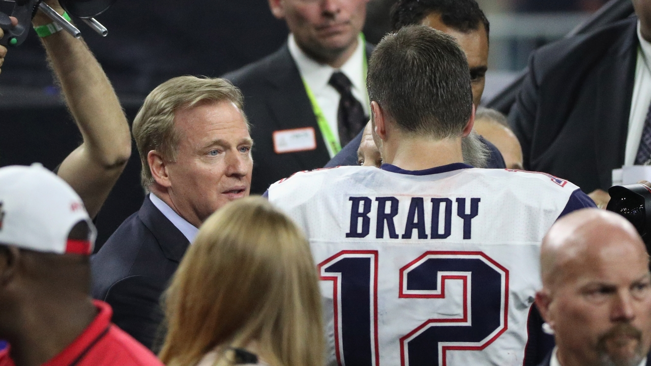Tom Brady wearing his jersey (before it was stolen)