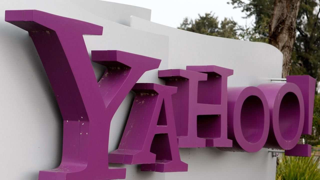 Verizon Still Plans to Buy Yahoo, But Wants $250M Discount