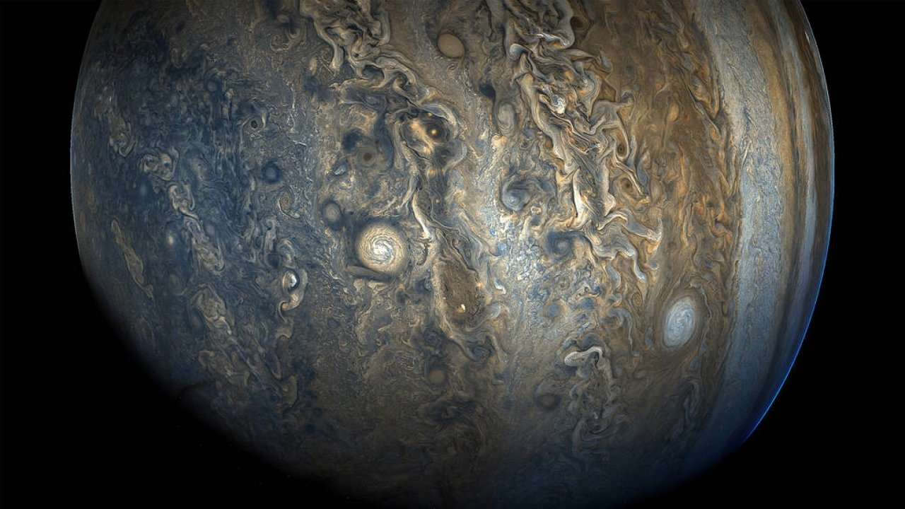 12 New Moons Discovered Around Jupiter (VIDEO)