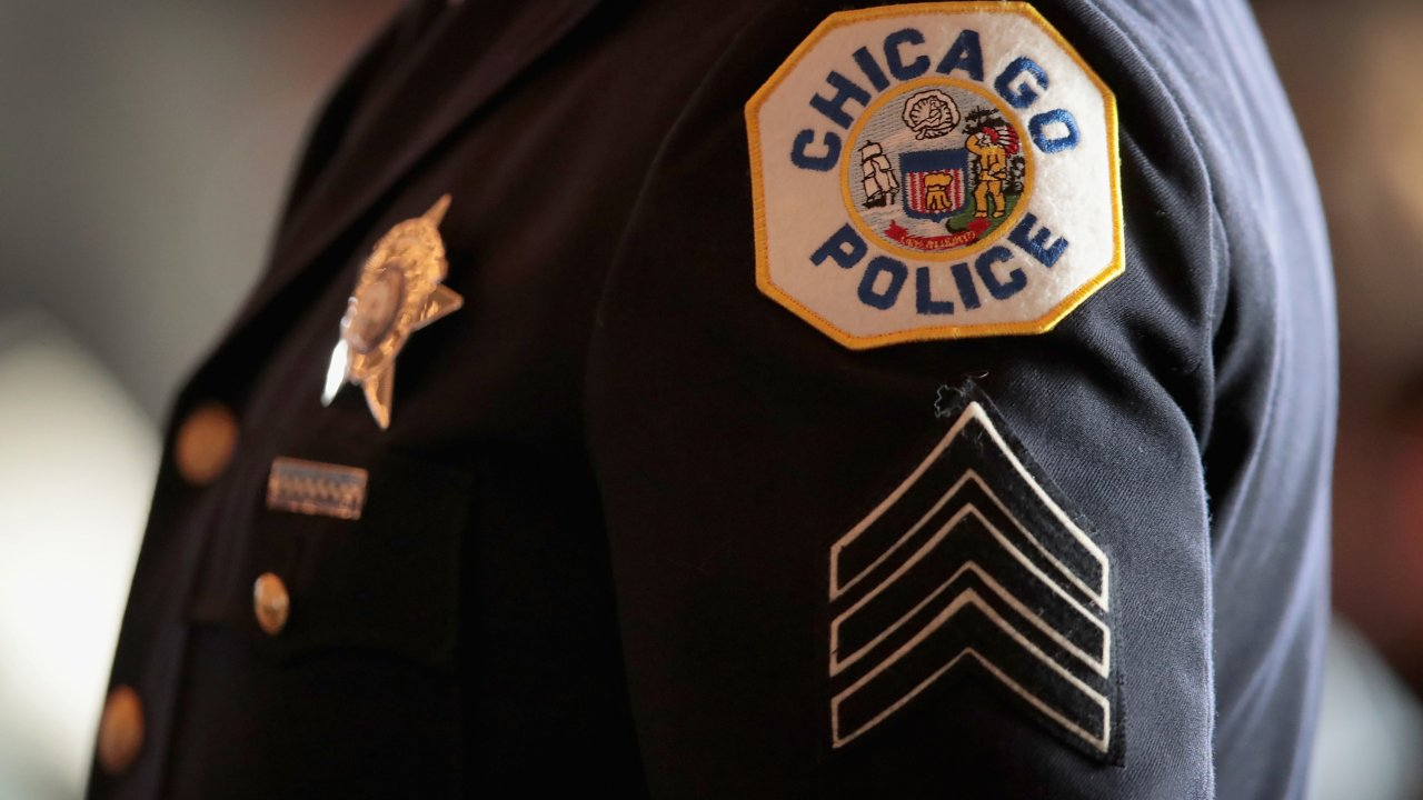 "Officer's Lawsuit Against Chicago Police Defies ""Code of Silence"""