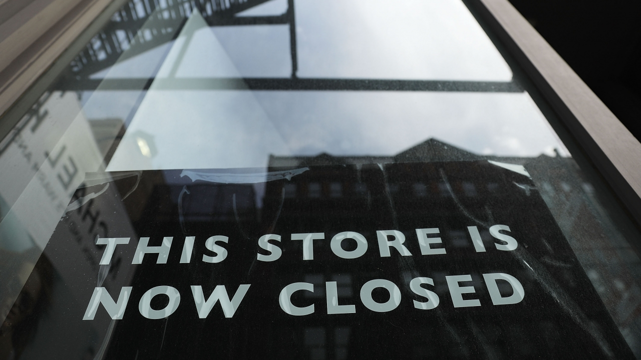 Store closure sign in New York City