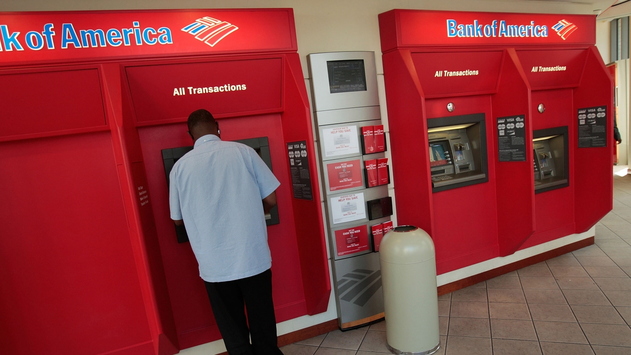 Bank Of America To Raise Minimum Wage 20 An Hour VIDEO
