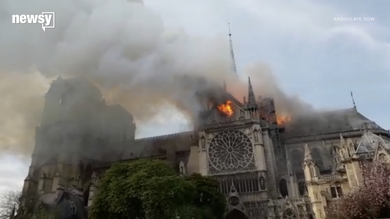 Early Witness To Notre Dame Cathedral Fire Critical Of Fire Response