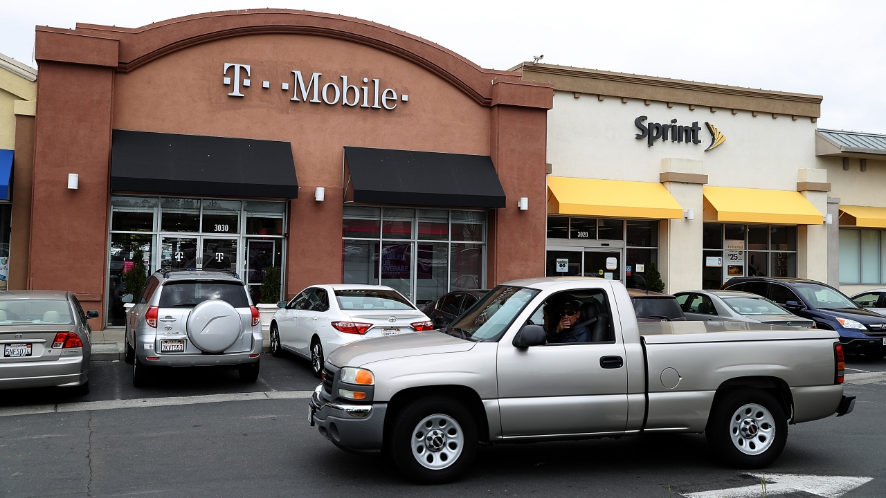 Sprint, T-Mobile storefronts