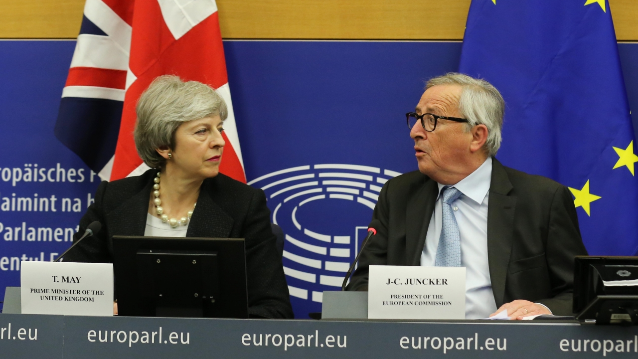 British Prime Minster Theresa May and EU Commission President Jean-Claude Juncker