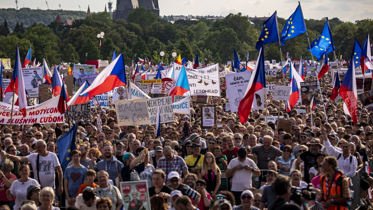Protesters Call For Czech Republic's Prime Minister To Step Down