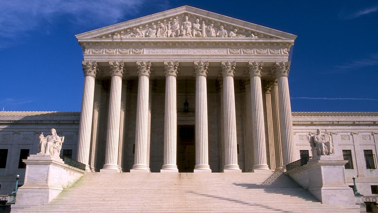 2020 Democratic Candidates Are Talking Supreme Court Reform