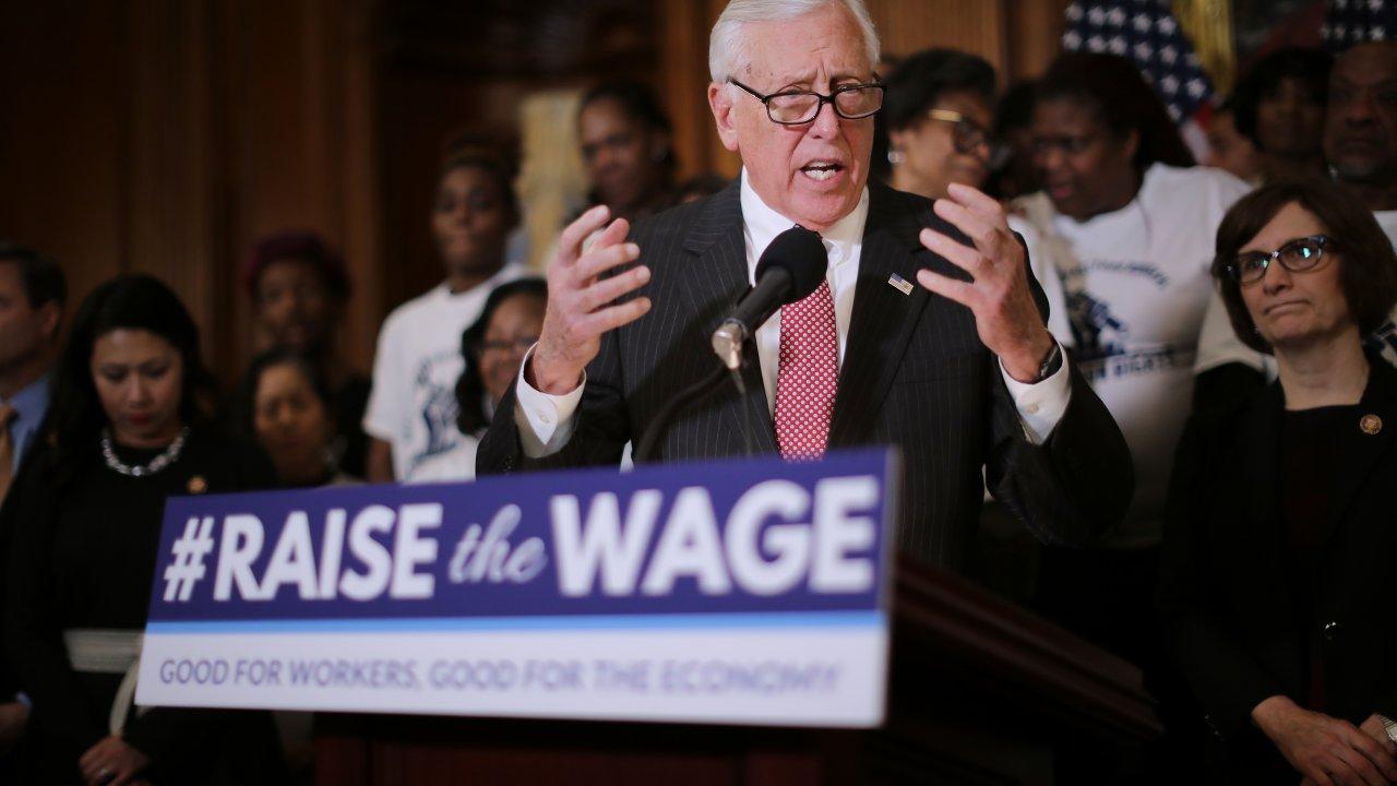 Washington Roundup: Democrats Unite Over Minimum Wage
