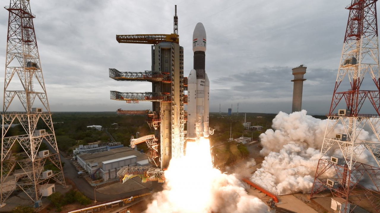 India launches the Chandrayaan 2 into space