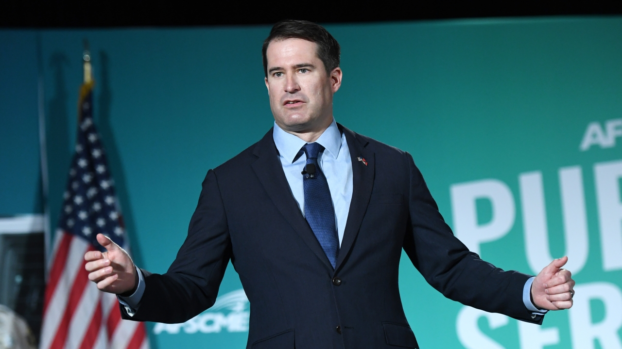 Seth Moulton Drops Out Of The 2020 Presidential Race