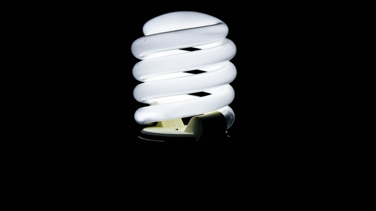 Trump Admin Plans to Cancel Light Bulb Energy Standards (VIDEO)