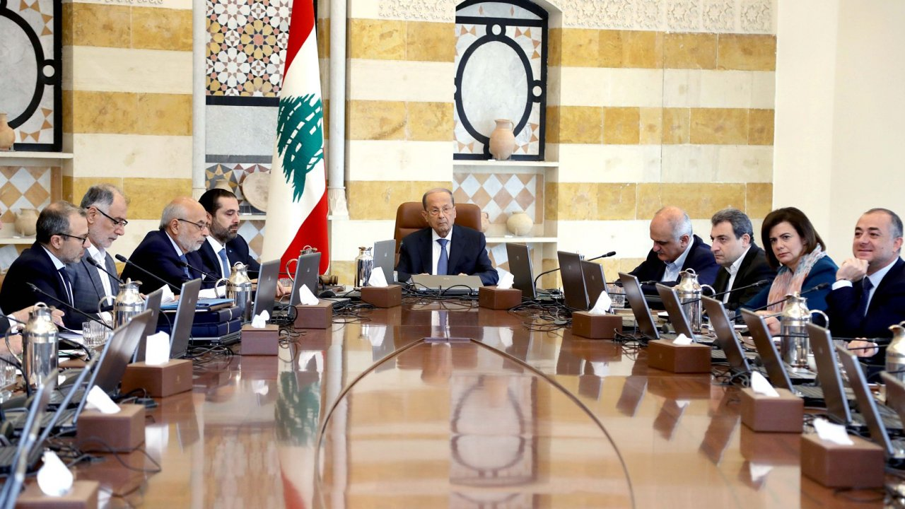 Lebanese President Aoun meets with the country's cabinet for talks on economic reform amid mass citizen protests.