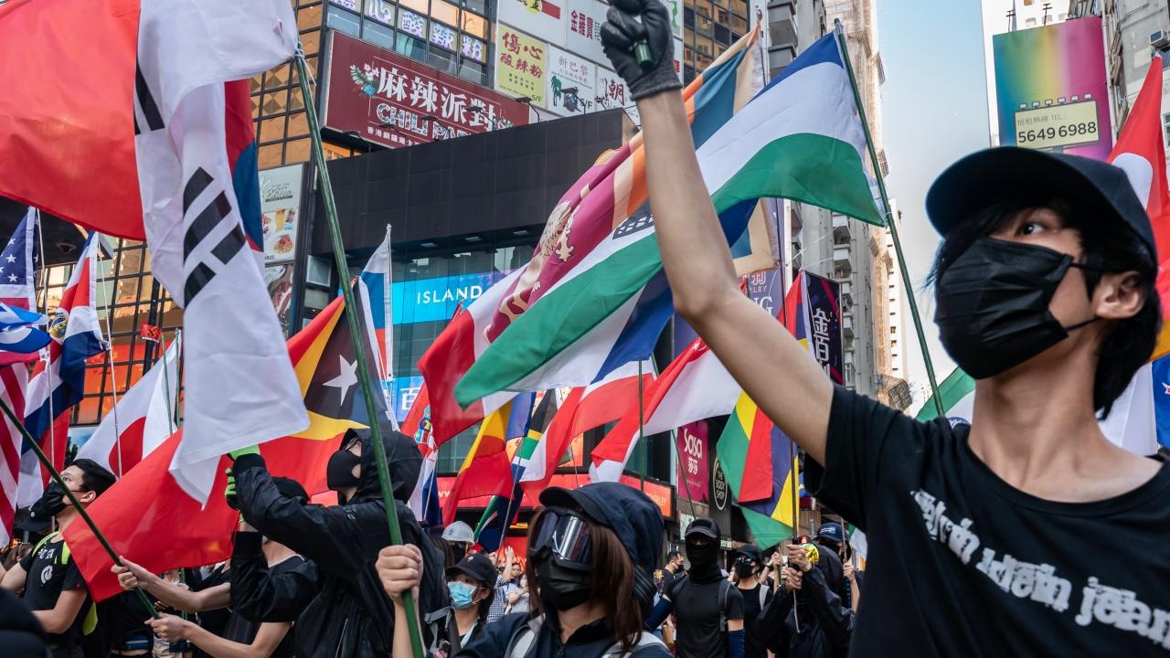 Flipboard: Dozens Injured In Wave Of Violent Hong Kong