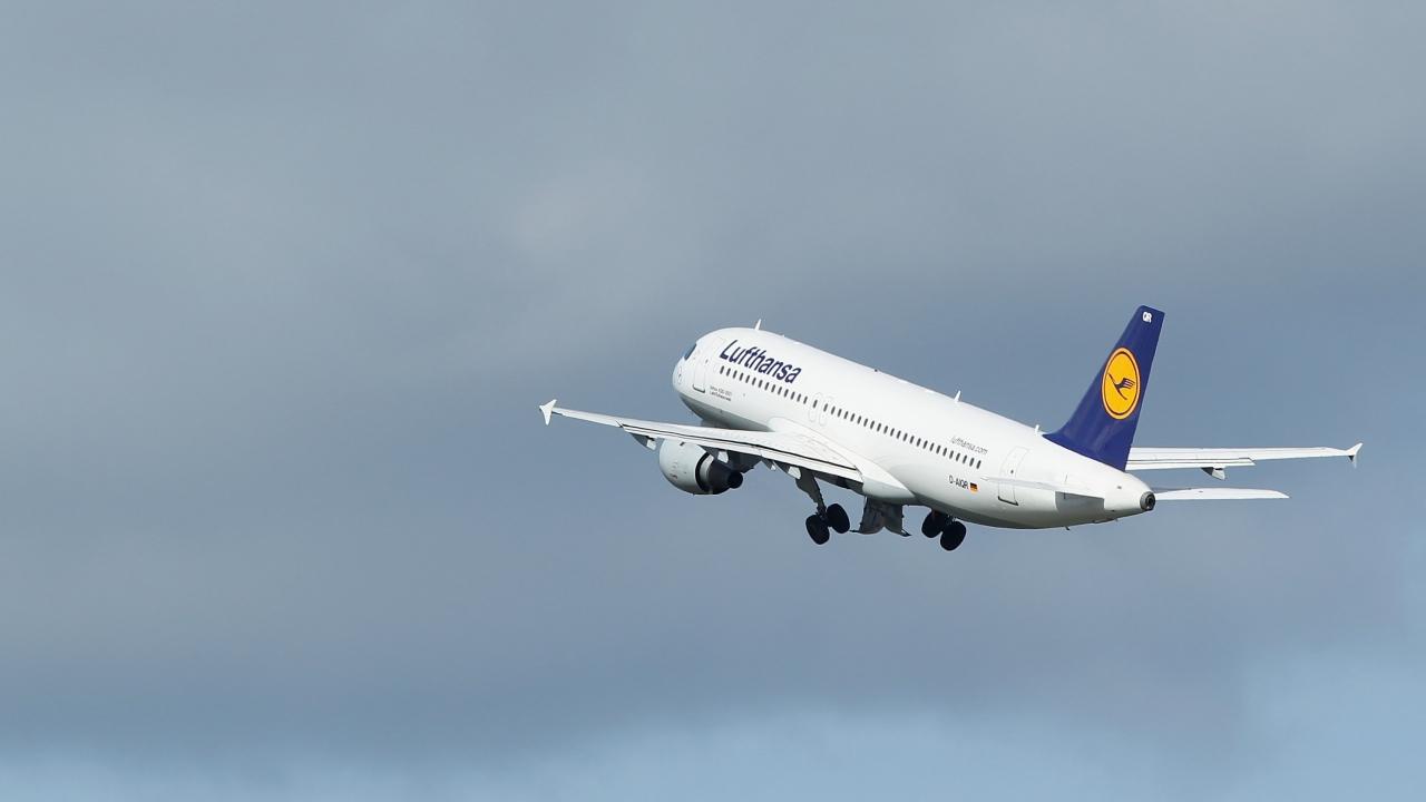 Lufthansa Flight Cancellations Grow On 2nd Day Of Strike